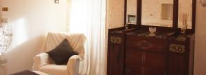 Una delle camere da letto del trullo